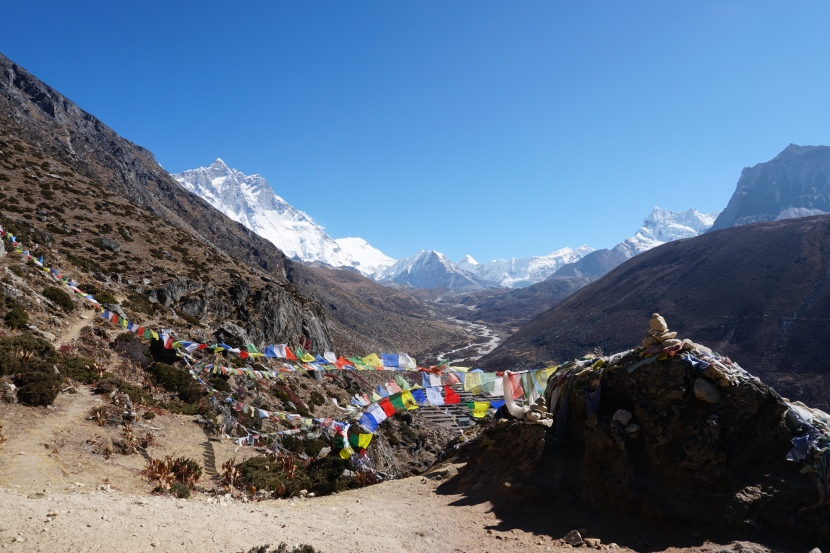 Day 6 – A day in Dingboche  – Prayer flags and another spectacular view