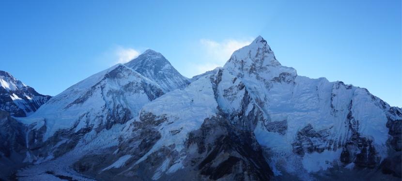 Day 9 – Gorak Shep to summit Kala Patthar and back toDingboche