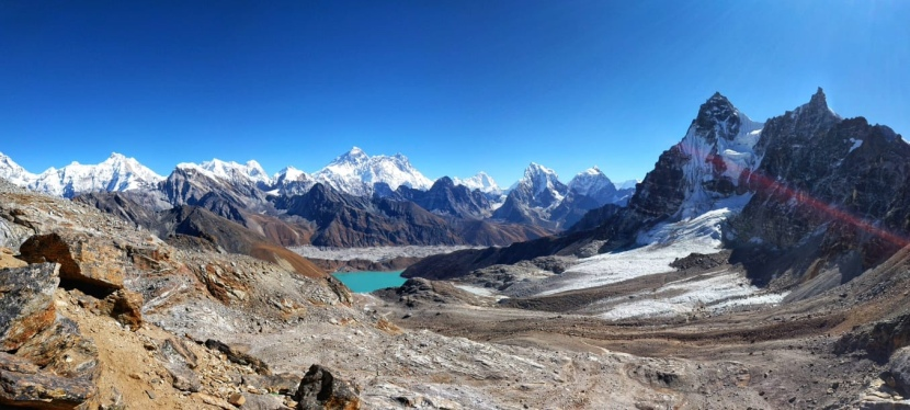 Day 19 and 20 (Group 1) – Gokyo Lakes to Namche via Renjo La high pass and Thame