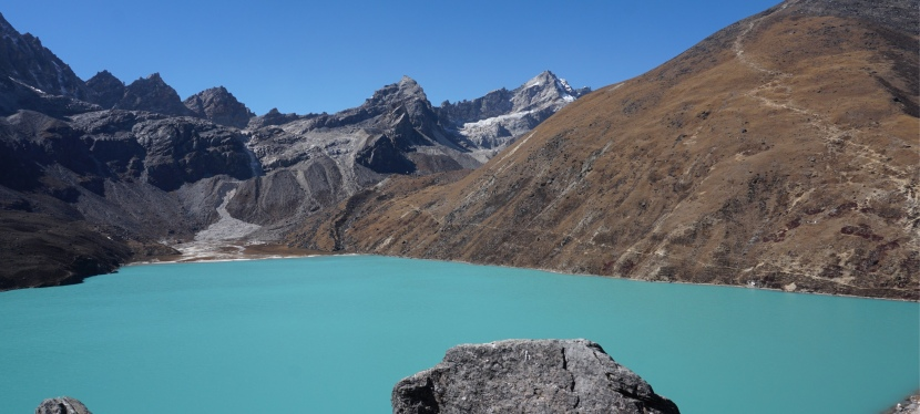 Day 17 – Thagnak to Gokyo Lakes – Glacier crossing, sacred lakes and the Birthday Boy