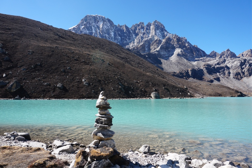 Day 18 – Rest Day at Gokyo Lakes and a little piece of Cayman.